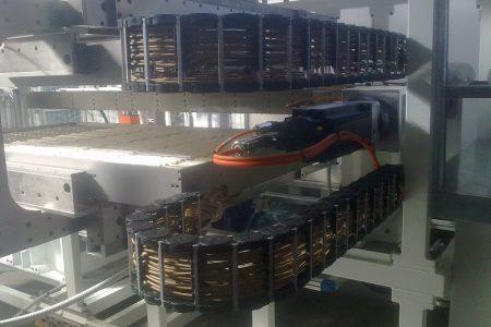 Impianti elettrici - Forno termoformatrice con catena portacavi - ProAutomation Verona